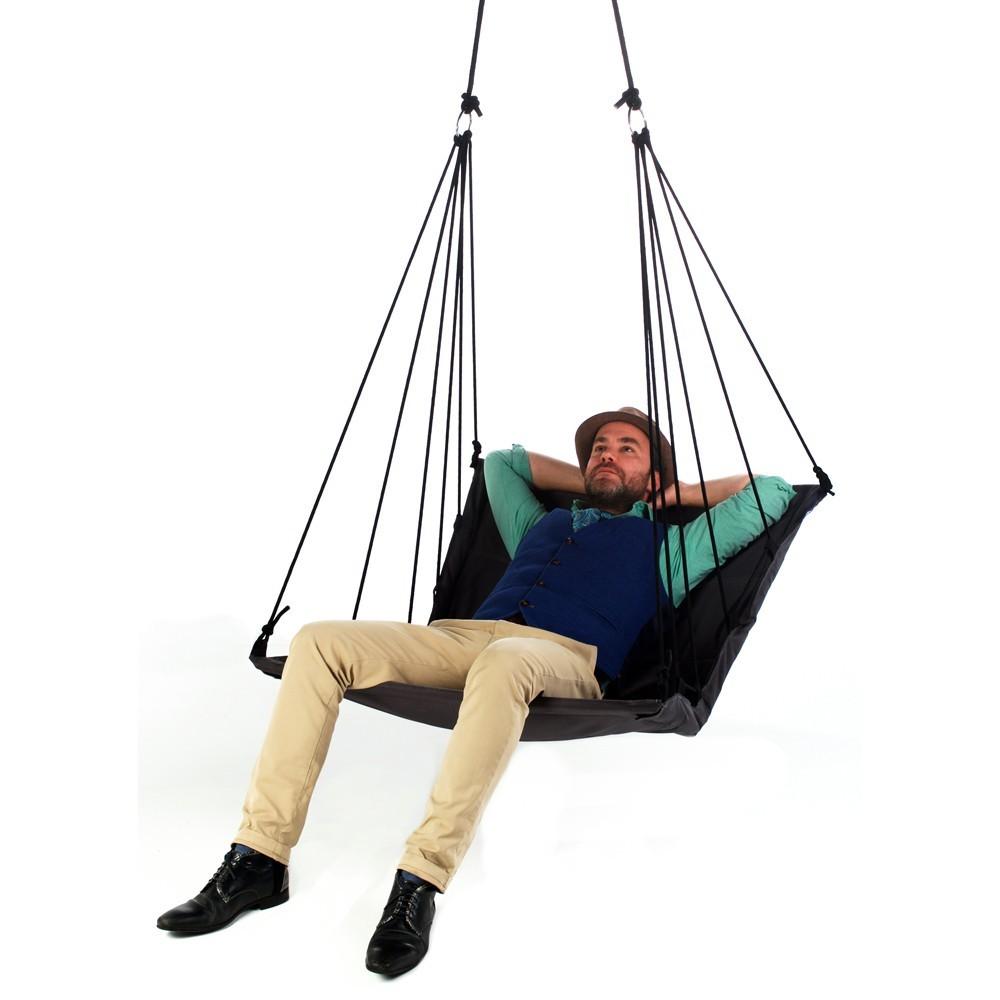 chaise suspendue belombra. Black Bedroom Furniture Sets. Home Design Ideas
