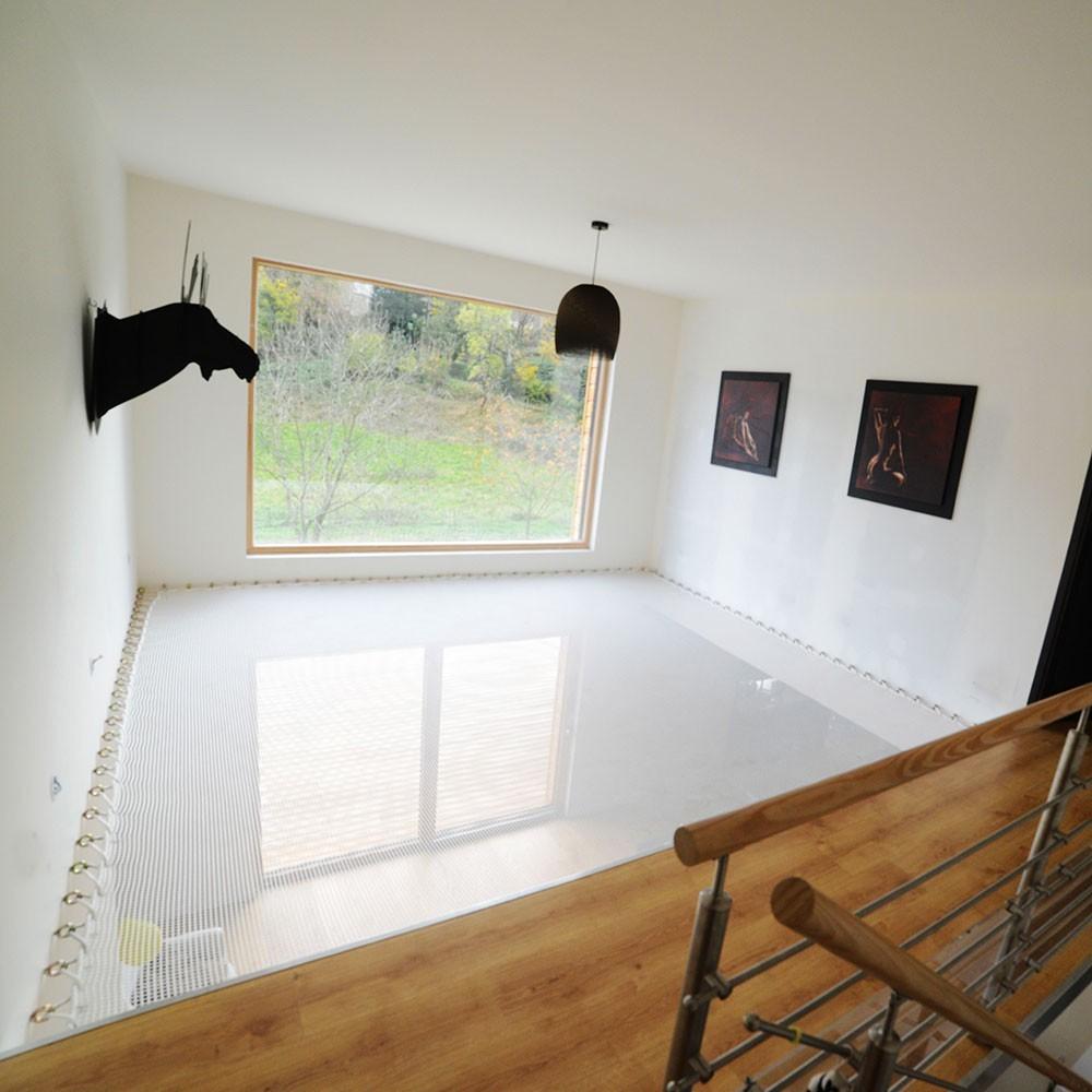 suspended house net. Black Bedroom Furniture Sets. Home Design Ideas