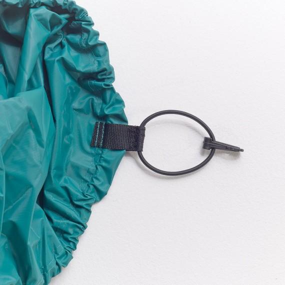 Attache élastique de la housse avec crochet