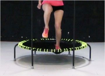 Entrainement trampoline avec barre de maintien