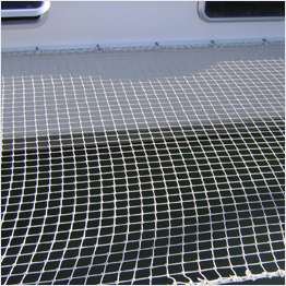 Knotted multihull net