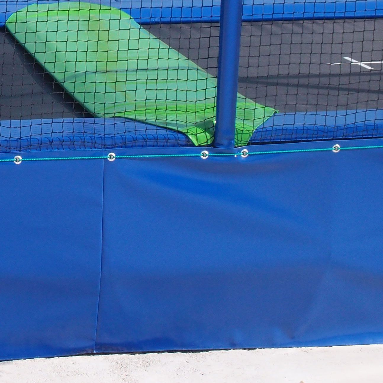 Guide achat trampolines pro - Protection trampoline ...
