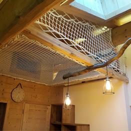 Creata a custom-made R&R area with home nets