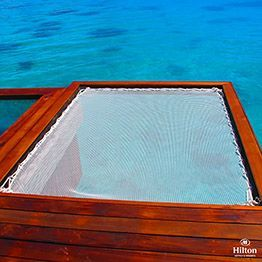 Filet sunbed sur lagon