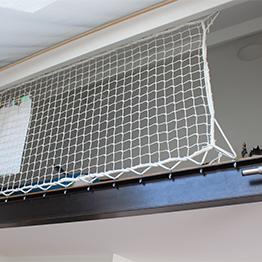 Stairway safety net