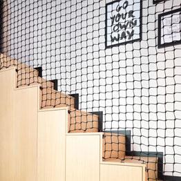 Filet garde-coprs dans chambre d'enfants - Réalisation Agence WOM Design - Stéphanie Michel-GIRARD - Photos Isabelle PICAREL