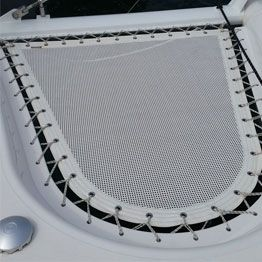 Technical canvas trampoline for Privilege multihull